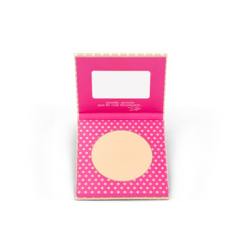 The Pink Ellys  Compact Powder Light 01